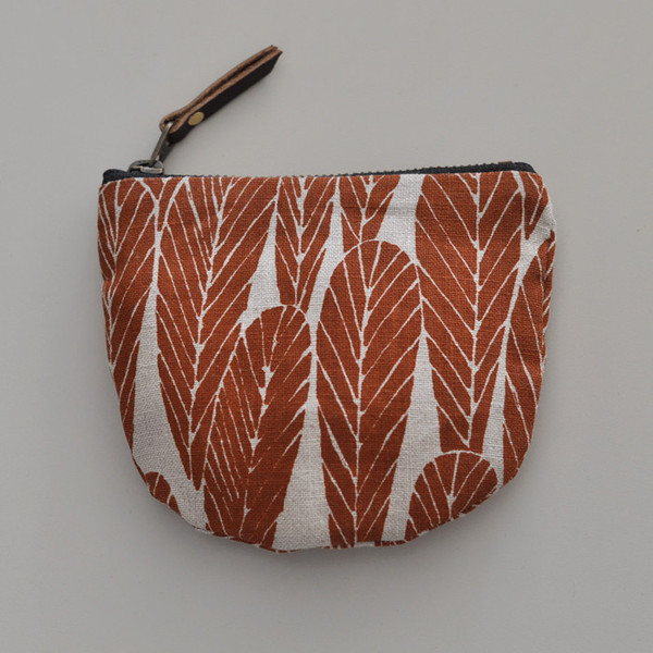 POCKET_POUCH_LEAVES_RUST_6_grande