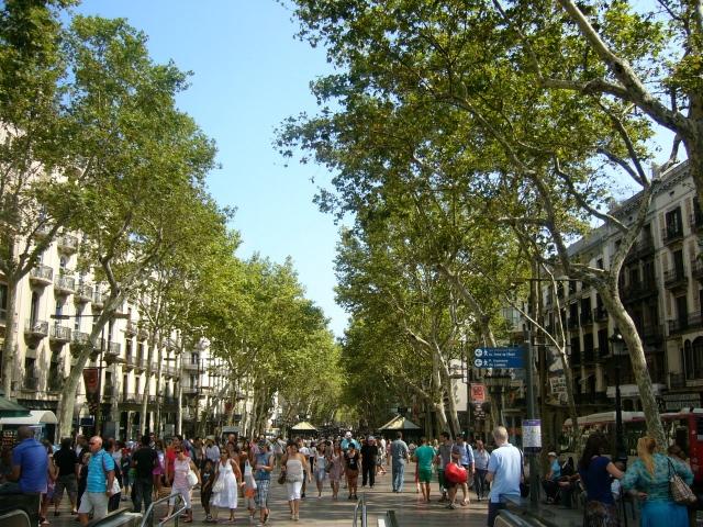 barcelona travel guide littlekokomo.com