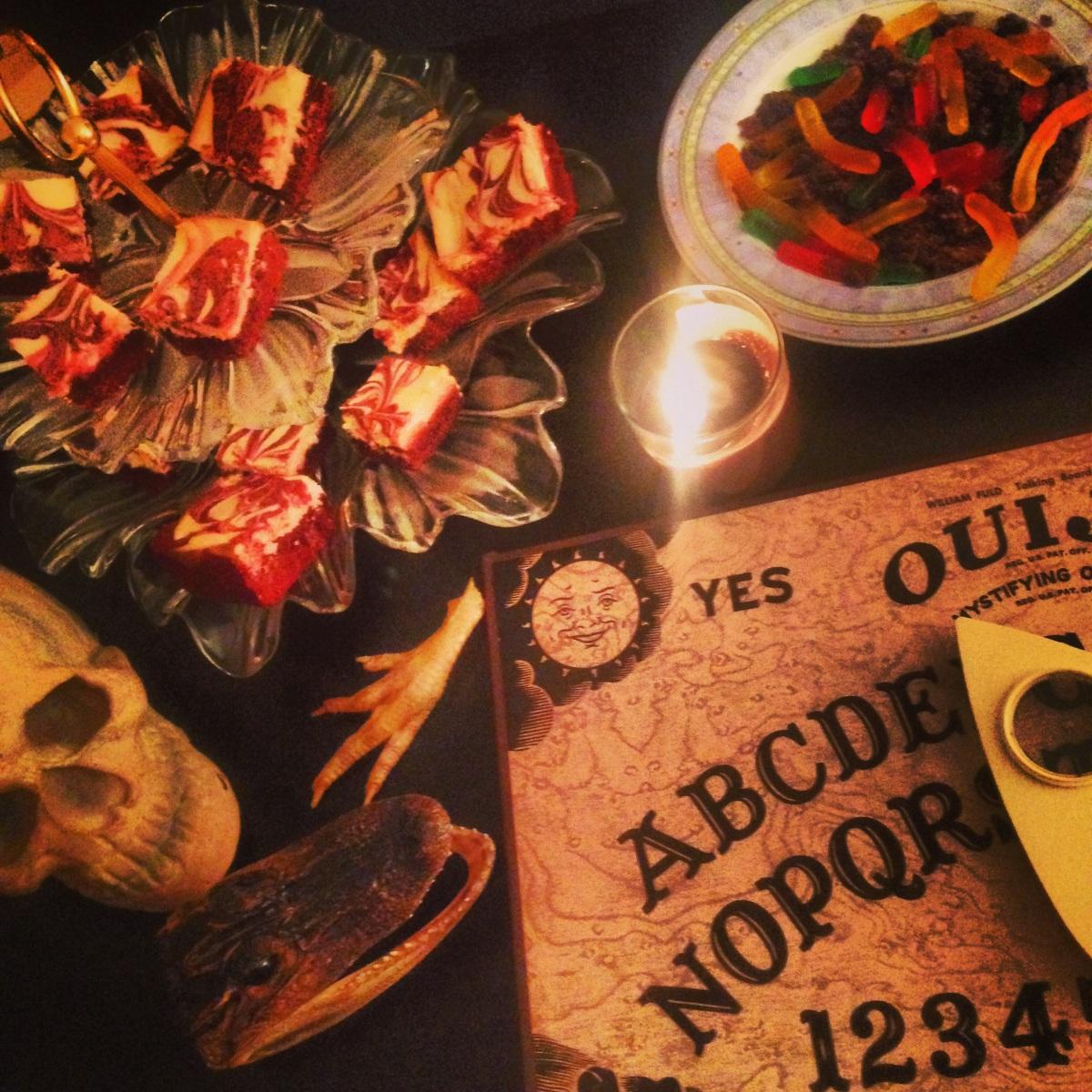 halloween cocktails littlekokomo.com